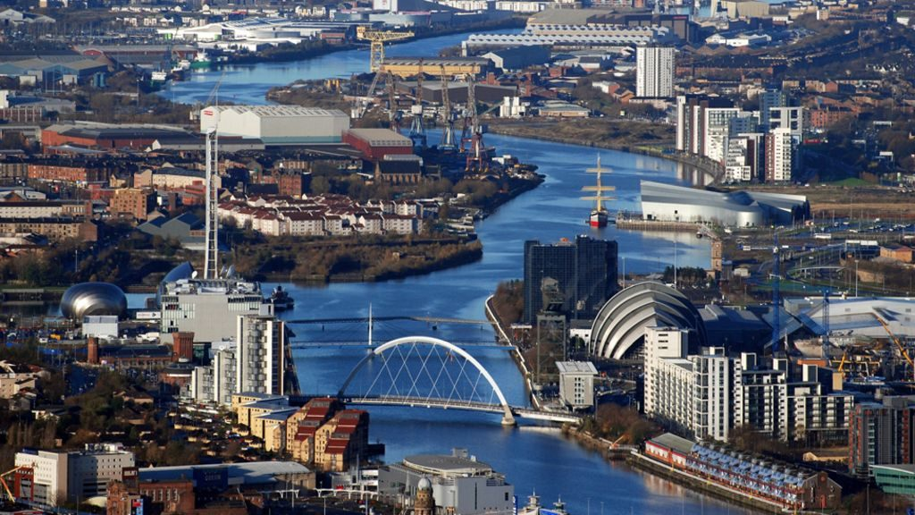 free online personals in glasgow Glasgow online dating with urbansocial  sign up to online dating today and you could be meeting other singles in glasgow, falkirk, kilmarnock, paisley, motherwell, hamilton or lanarkshire today mr or miss right could be right around the corner dating online in glasgow with urbansocial the percentage of single men and women in the uk is on the rise.